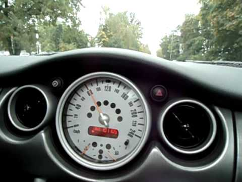 mini cooper s ampelrace 0 100 km h youtube. Black Bedroom Furniture Sets. Home Design Ideas