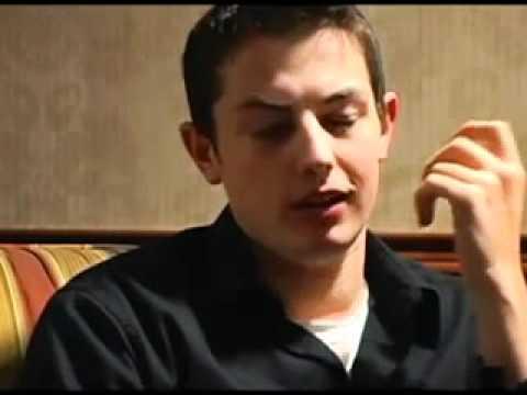 """Tom """"durrrr"""" Dwan tells you his bluffstrategy"""