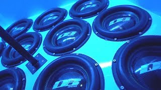 Fourteen subwoofers in the car! Volkswagen CADDY by dB SHOP