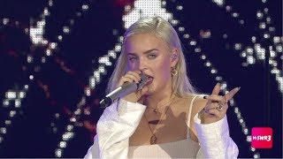 """Download Lagu Anne Marie """"Either Way"""" LIVE at SWR3 New Pop Festival 2017 mp3"""