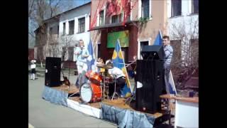 Поёт Алексей Ушаков. Автор Татьяна.wmv