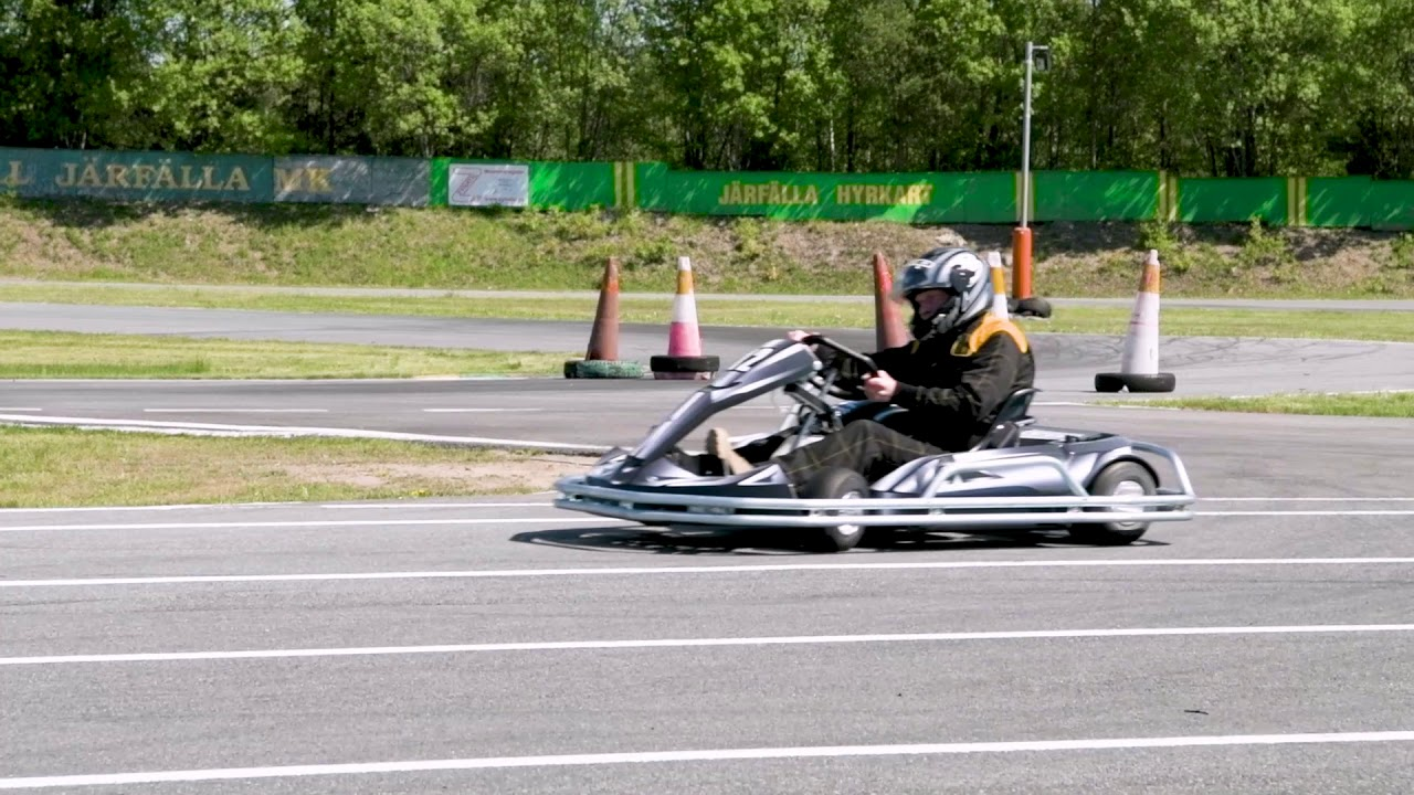 Go Kart Racing Pa >> Jarfalla Hyrkart Gokart Pa Riktigt Youtube