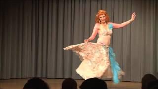 Orientalischer Tanz im Stil der 50er Jahre