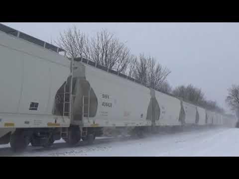 BNSF Sand Train WB Waverly, MN 2/3/18