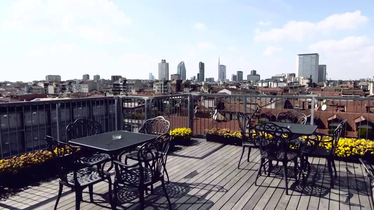 Bw plus hotel galles spot 60 39 39 youtube for Hotel galles milano