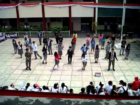 Dream High Flashmob