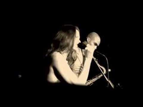 "Carolyn Leonhart & Wayne Escoffery ""Earth Calling"" Live"