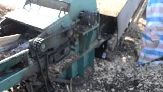 продам дробилку для дерева, дробилка для отходов древесины,измельчитель древесины Украина ,(, 2013-03-04T09:53:14.000Z)