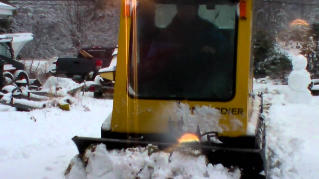 Bombardier SW 48 plowing snow