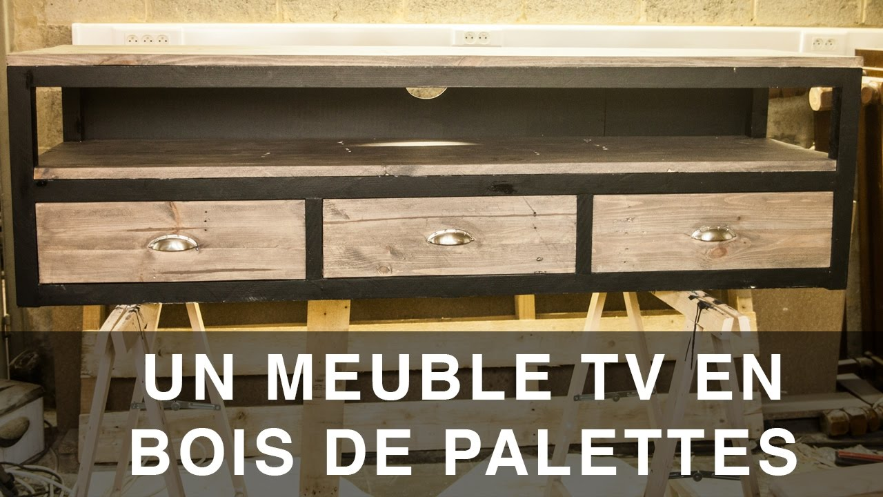 meuble tv en bois de palettes youtube. Black Bedroom Furniture Sets. Home Design Ideas