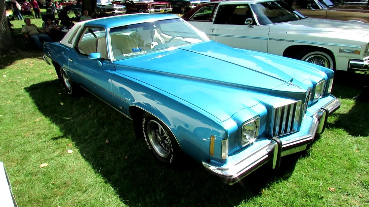 1975 pontiac grand prix exterior and interior 2012 beaconsfield classic car exposition vaq. Black Bedroom Furniture Sets. Home Design Ideas