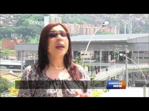 Giant Outdoor Escalator in Medellin Improves Lives of Slum Residents (Part 2/2)