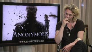 Gambar cover Anonymous - Interview With The Cast