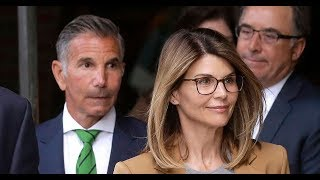 Lori Loughlin Was 'Considering a Guilty Plea' in College Admissions Case After Bribery Charges, But