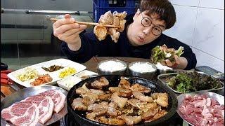 Super low price! 1 serving of meat  is 1.5 dollar? Meat mukbang eating show yasigi