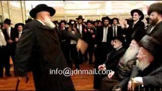 Munkatcher Rebbe Attending Novominsk Wedding Adar 5772