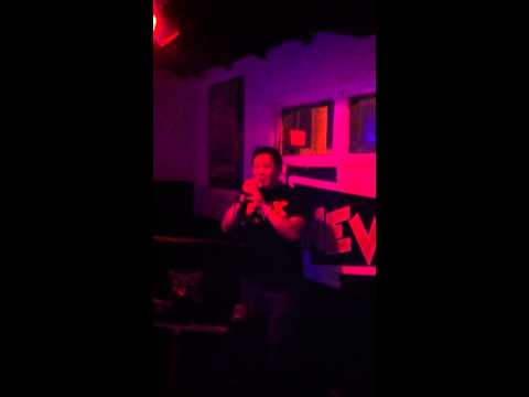 "New Wave Karaoke - Fofo singing Spandau Ballet's ""True"""