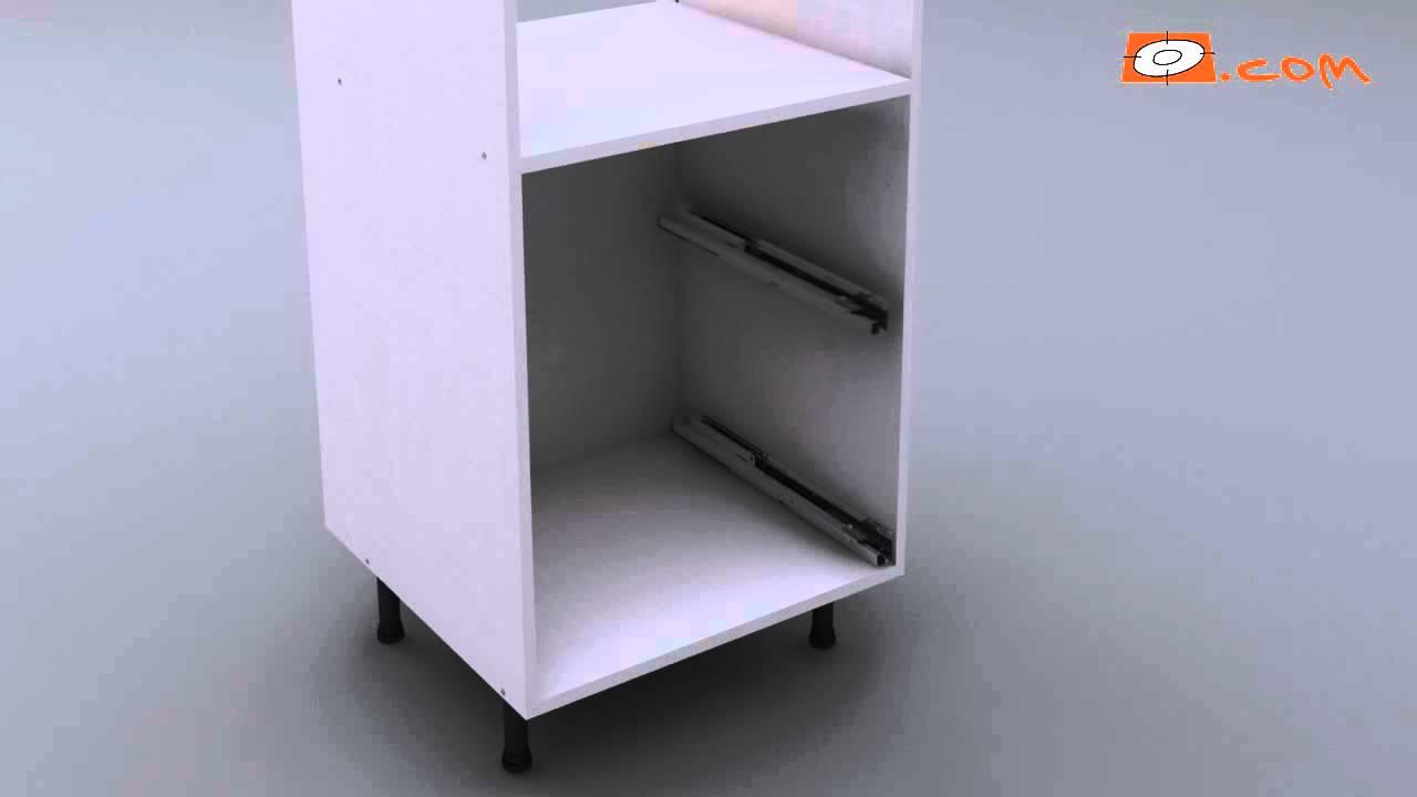 montage meuble haut demi colonne pour four de 130x60 cm et sur le fond 2 casseroliers