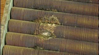 Замена теплообменика на котле  Navien(В этом видео я покажу вам как заменить теплообменник на котле Navien. Постараюсь рассказать о всех нюансах..., 2016-09-06T17:15:07.000Z)