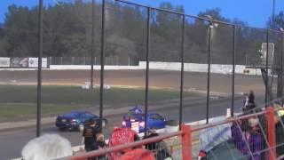 Brewerton Speedway spectator race 3     6/2/17