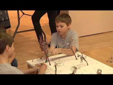 Twyla Exner - Wire Art