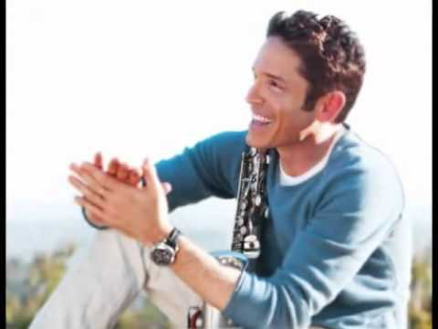 ♪♪  Dave Koz - This Guy's In Love With You  ♪♪