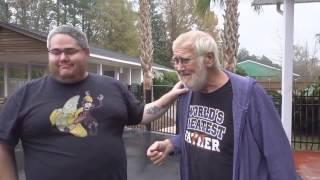 злому деду подарили машину(самое грусное видео)