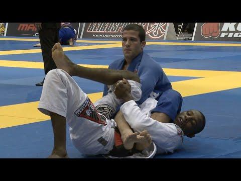 "Augusto ""Tanquinho"" Mendes VS Isaque Paiva / Pan Championship 2013"
