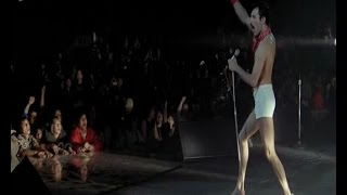 "Queen ""We will rock you"" video clip и перевод на русский: Мы вам костью в горле!"