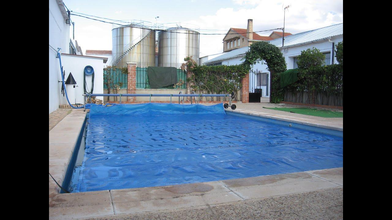 Cobertor piscina de burbujas youtube for Cobertor piscina carrefour