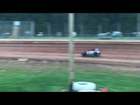 Sharon Speedway practice night