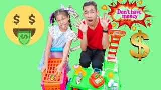 Kevin Makes Food for Aunty Nina | Nora Family Show