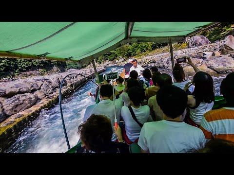 Sagano Scenic Railway and RIVER BOAT RIDE in Arashiyama, Kyoto! Japan Vlog #8