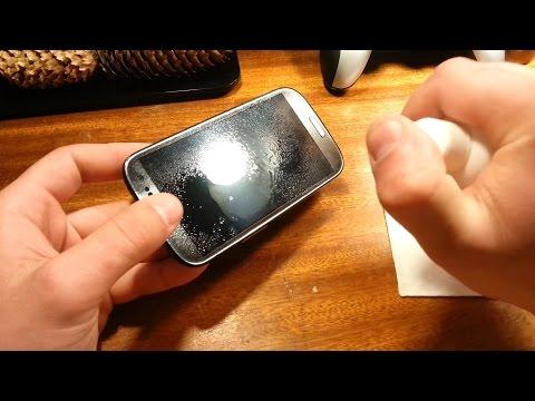 видео: Как чистить экран смартфона от загрязнений