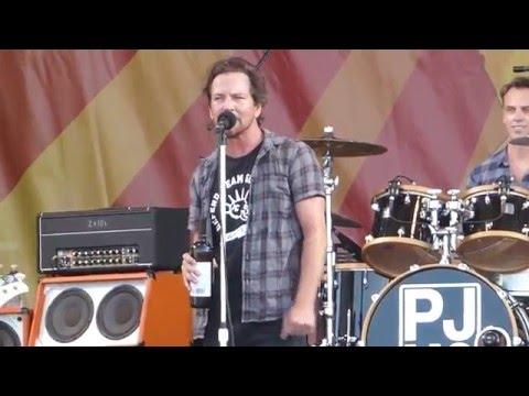 Pearl Jam - Even Flow (Jazz Fest 04.23.16) HD