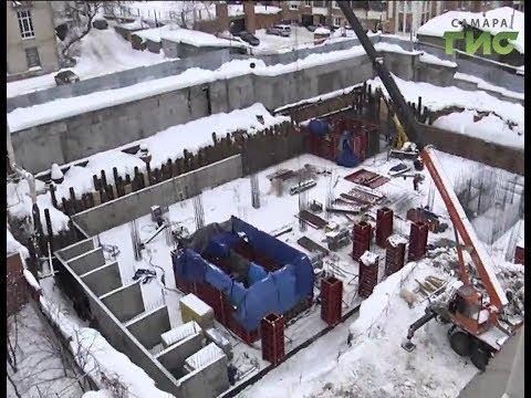 Скандал на ул.Водников. Жители 35-го дома встревожены стройкой под окнами их дома