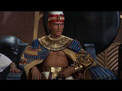 Moses Returns To Egypt And Warns Pharaoh -The Ten Commandments 1956