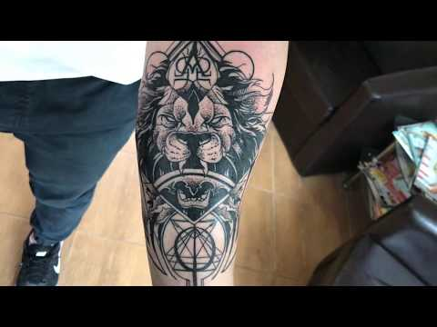 3de0114d9ebf6 Lion - Tattoo time lapse (Design by Otheser) - YouTube