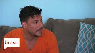 Vanderpump Rules: Has Jax Ever Kissed a Guy? (Season 5, Episode 13)   Bravo
