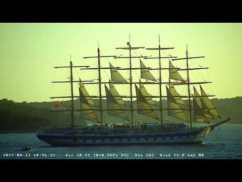 Royal Clipper leaving Hvar