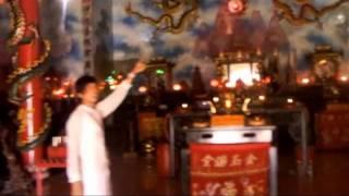 """Chinese Song """"Yue Liang Dai Biao Wo De Xin"""""""