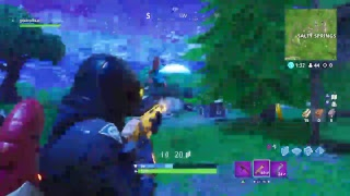 fortnite playing with my freinds got nightbot