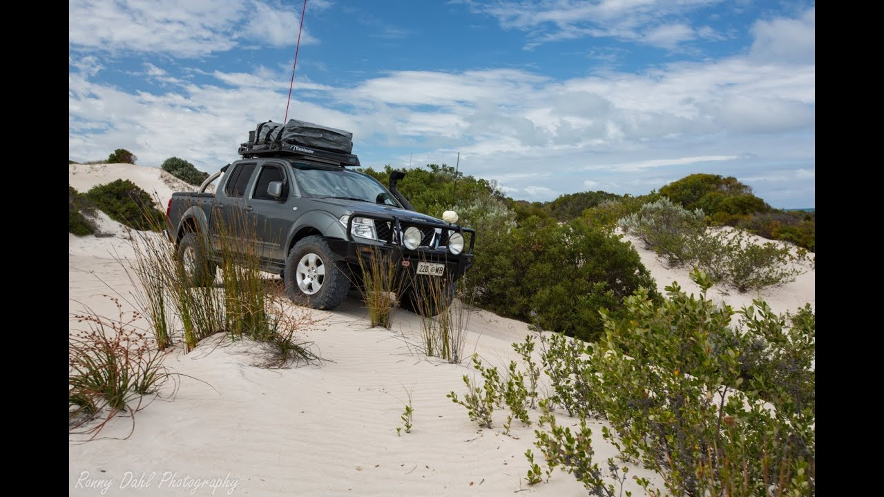 nissan navara d40 4x4 off road sand dune climb youtube. Black Bedroom Furniture Sets. Home Design Ideas
