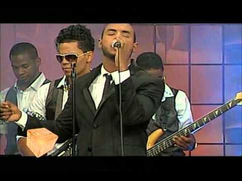 Joel Santos-Ayer Pedi en vivo en Jatnna