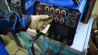 Сварка алюминия для начинающего сварщика. Настройка Aurora InterTIG 200 AC/DC PULSE(См. также: Как научиться сваривать металл. Советы для начинающих -http://evrotek.spb.ru/info/i_welding/1849/ Сварка алюминия..., 2013-08-19T08:14:43.000Z)