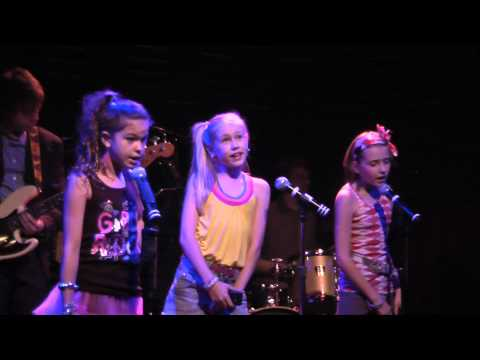Trapper's Greatest Hits  24 April 2010  Danika Yarosh, Sarah Spagnola, Gianna LePera