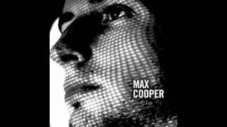 Ricardo Tobar   Mi Pieza Esta Llena De Cosas  ( Max Cooper Remix )