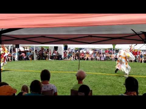Ojibwe Grass Dancers