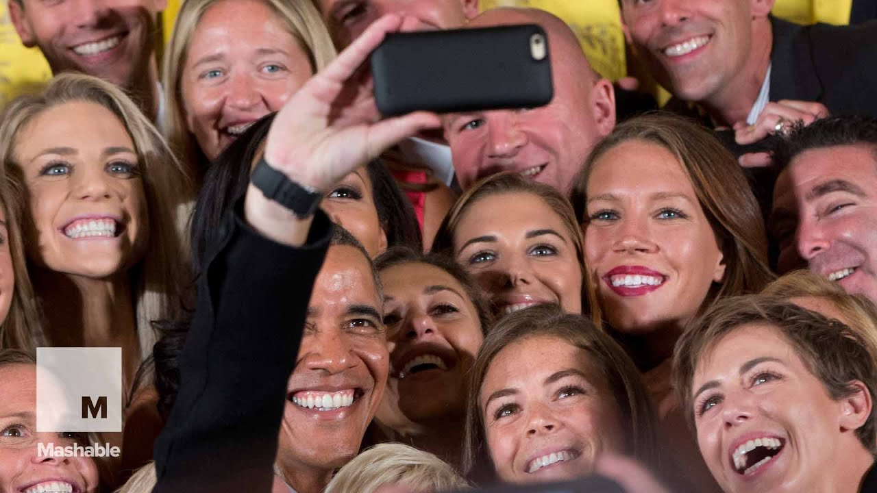 President Obama Welcomes Badass Women S Soccer Team To The White