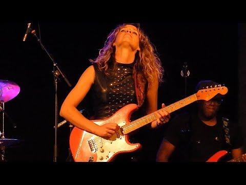 Ana Popovic - Johnnie Ray - Waukesha BluesFest - Delafield, WI - August 12, 2017 LIVE